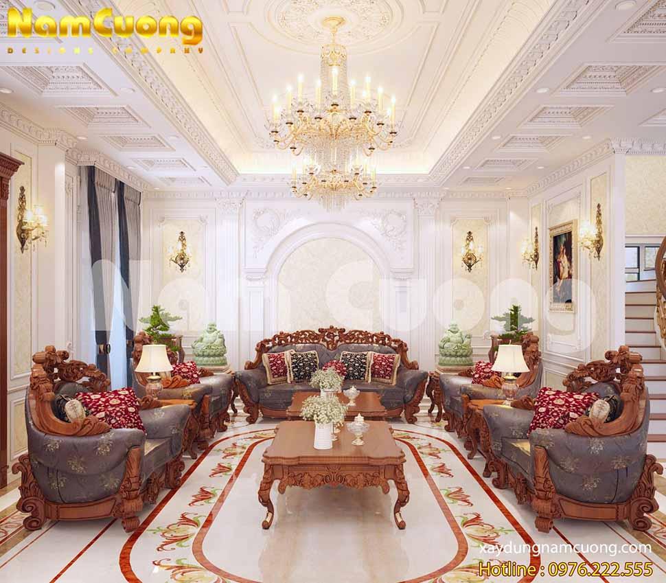 Phòng khách rộng rãi được bố trí nội thất đẹp mắt, sang trọng