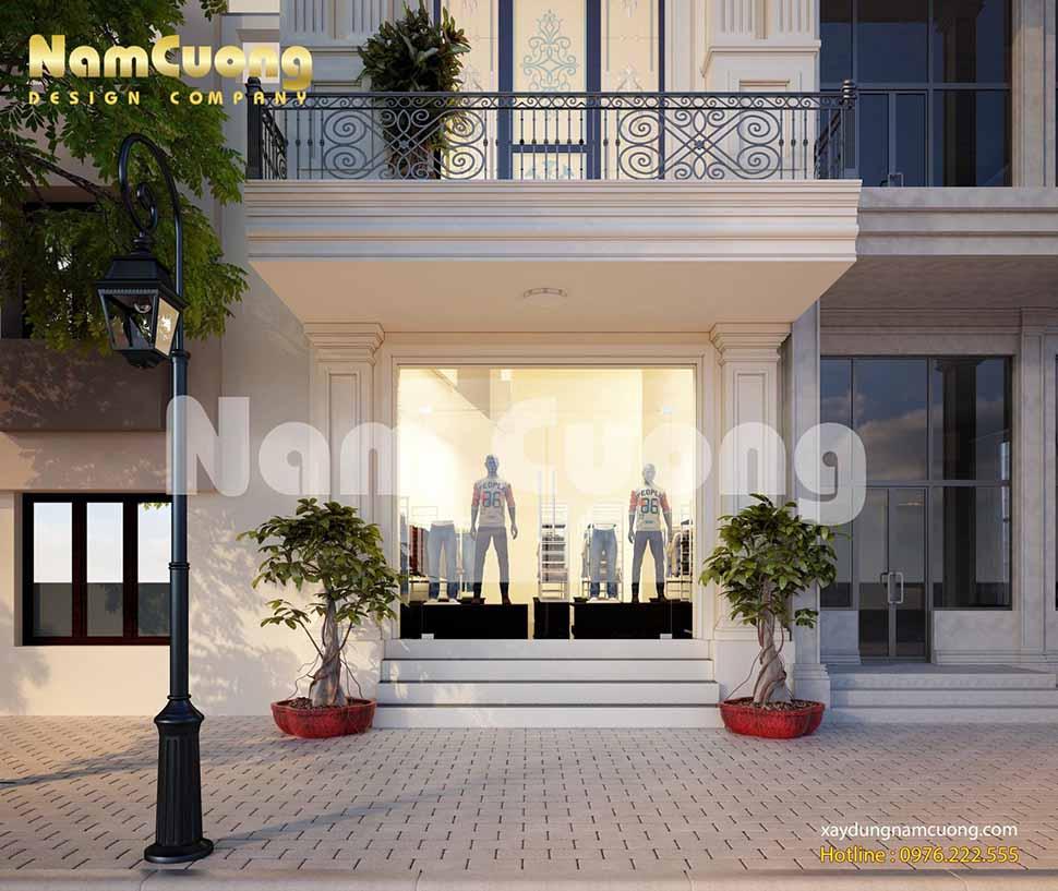 Cửa tầng 1 được thiết kế toàn bộ bằng kính, đứng từ bên ngoài khách hàng có thể nhìn được toàn bộ bên trong