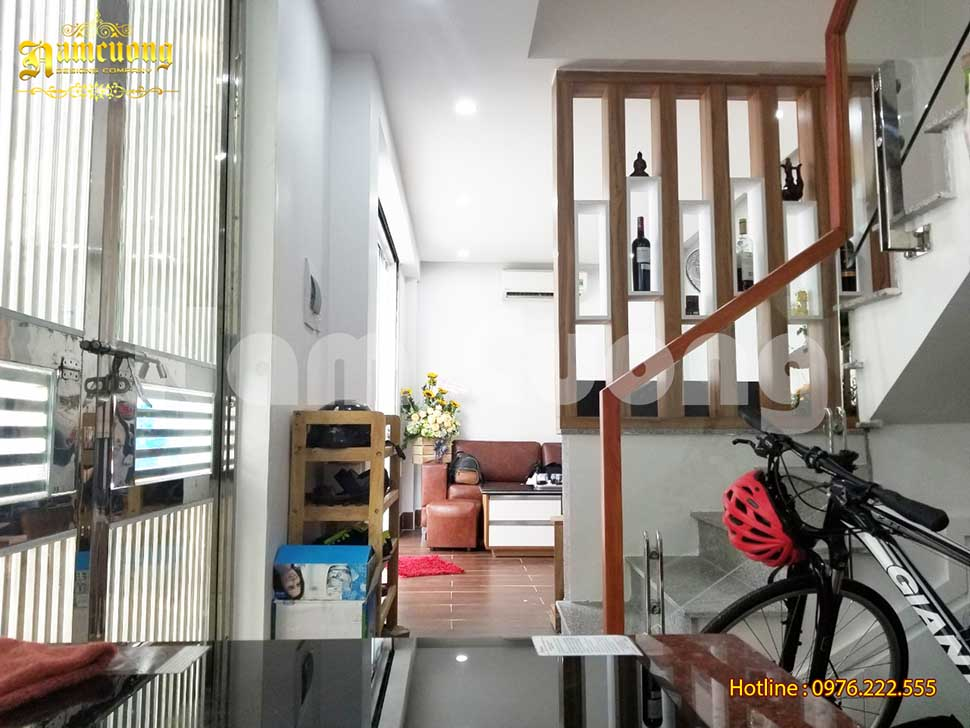 phòng khách nhà 3 tầng